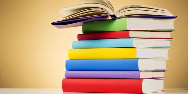 Ilustrasi psikologi warna sampul buku